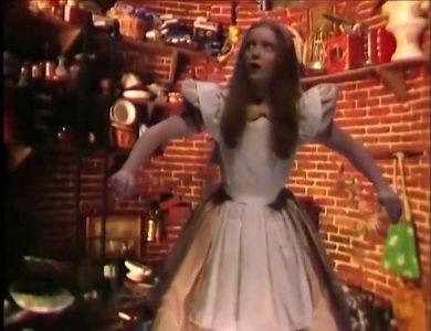 1986_Alice_in_Wonderland_235