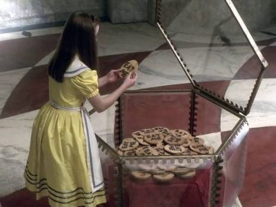 1999_Alice_in_Wonderland_159