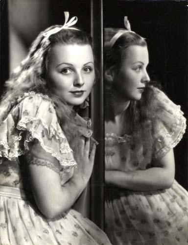 1933_Alice_in_Wonderland_i_09