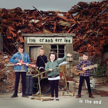 The_Cranberries_In_The_End_2019_01
