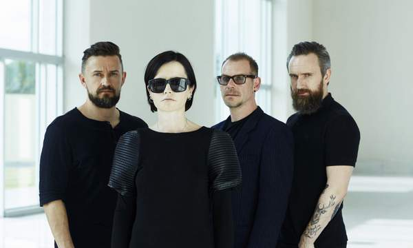 The_Cranberries_In_The_End_2019_08